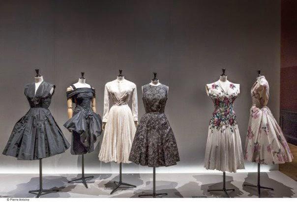 exposition-galliera-mode-robe