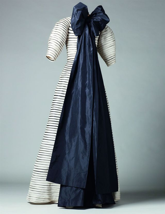 exposition-musee-galliera-jeanne-lanvin-robe-noeud