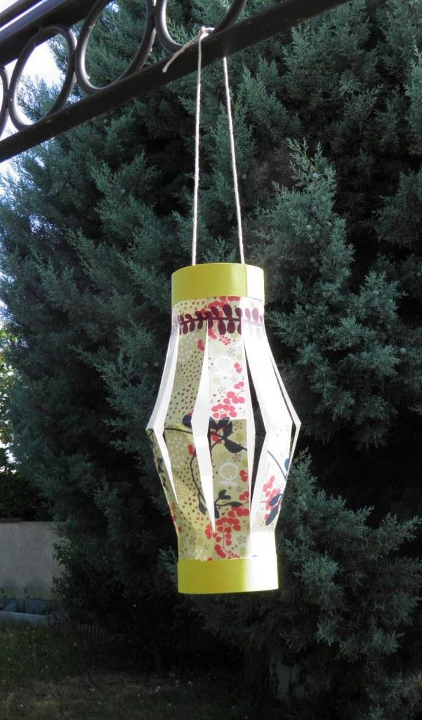 idee-deco-pliage-papier-lanterne