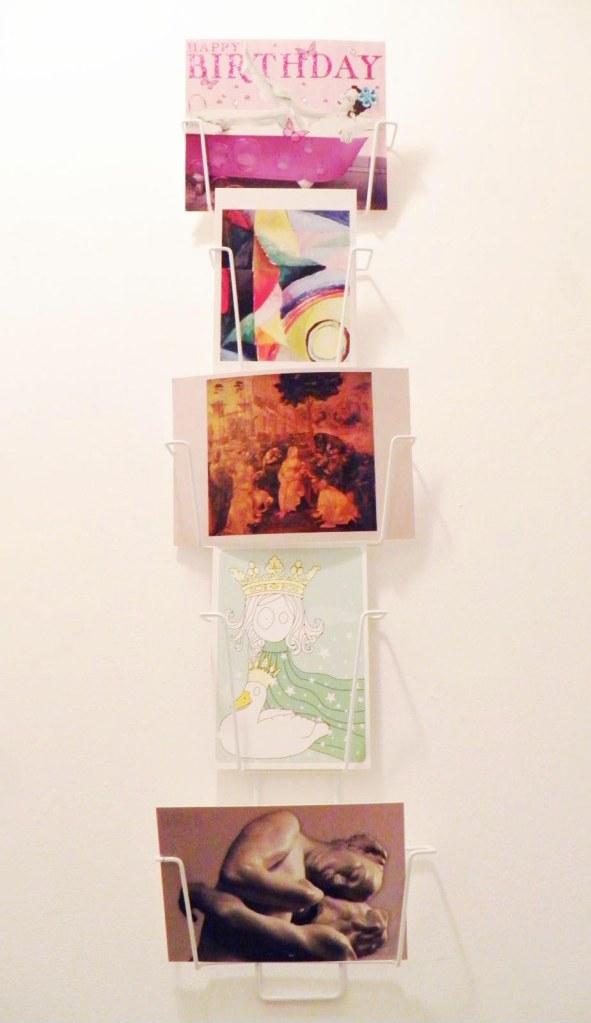 idee-deco-cartes-postales-porte-carte