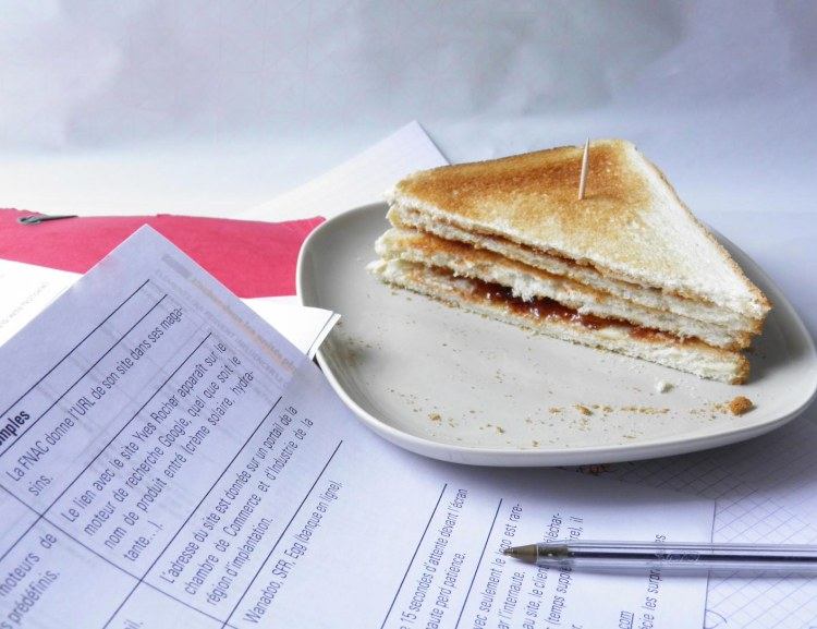 idee-recette-gouter-retour-enfance-sandwich-beurre-confiture