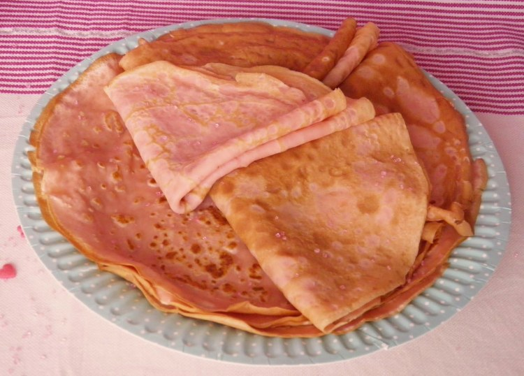 recette-crepes-chandeleur-pate-a-tartiner-pralines-roses