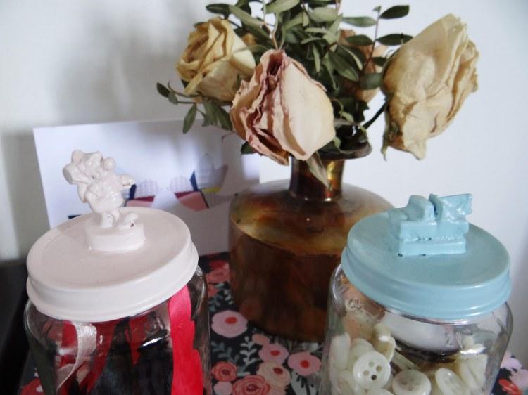 DIY-recycler-petit-pot-bebe-personnage-2
