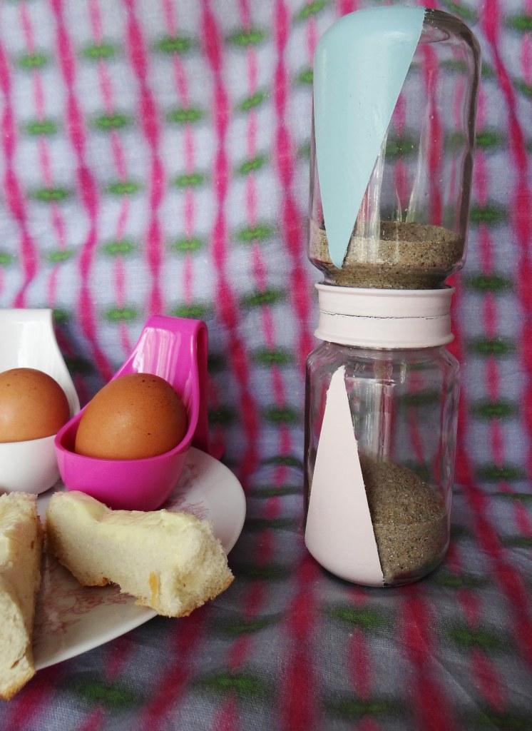 DIY-recycler-petit-pot-bebe-sablier-1