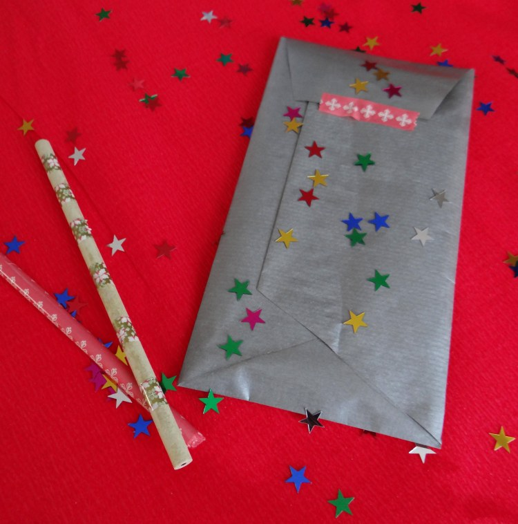 diy-cadeau-noel-facile-pas-cher-stylo-1