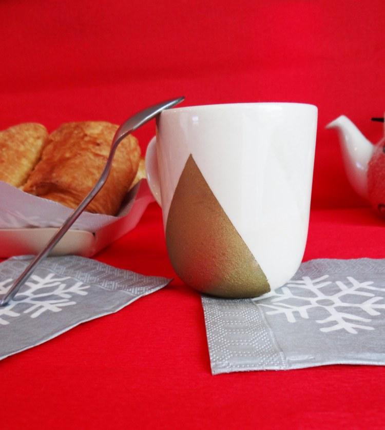 diy-cadeau-noel-facile-pas-cher-tasse-doree-2